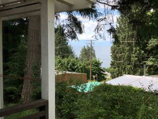 "Photo 2: 7 5294 SELMA PARK Road in Sechelt: Sechelt District Manufactured Home for sale in ""SELMA VISTA MOBILE HOME PARK"" (Sunshine Coast)  : MLS®# R2293722"