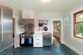Photo 9: 4193 PRINCE ALBERT Street in Vancouver: Fraser VE House for sale (Vancouver East)  : MLS®# R2302164