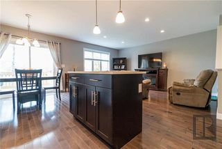 Photo 7: 11 1139 St Anne's Road in Winnipeg: River Park South Condominium for sale (2F)  : MLS®# 1826647