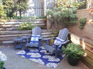 "Photo 1: E108 628 W 12TH Avenue in Vancouver: Fairview VW Condo for sale in ""CONNAUGHT GARDENS"" (Vancouver West)  : MLS®# R2319711"