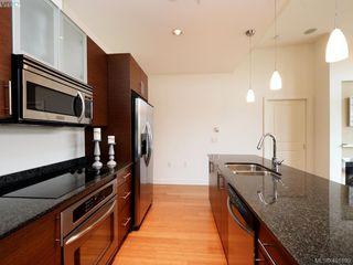 Photo 8: 406 3614 Richmond Road in VICTORIA: SE Mt Tolmie Condo Apartment for sale (Saanich East)  : MLS®# 401899