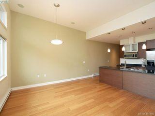 Photo 3: 406 3614 Richmond Road in VICTORIA: SE Mt Tolmie Condo Apartment for sale (Saanich East)  : MLS®# 401899