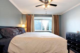 Photo 12: 304 2526 LAKEVIEW Crescent in Abbotsford: Central Abbotsford Condo for sale : MLS®# R2337653