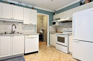 Photo 5: 304 2526 LAKEVIEW Crescent in Abbotsford: Central Abbotsford Condo for sale : MLS®# R2337653