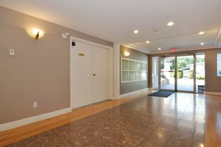 Photo 22: 304 2526 LAKEVIEW Crescent in Abbotsford: Central Abbotsford Condo for sale : MLS®# R2337653