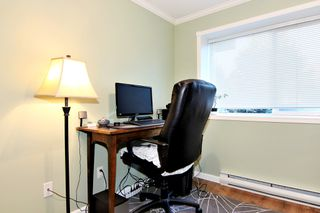 Photo 16: 304 2526 LAKEVIEW Crescent in Abbotsford: Central Abbotsford Condo for sale : MLS®# R2337653