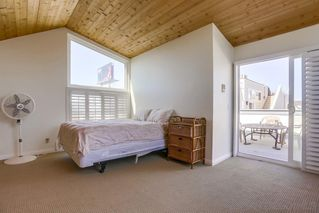 Photo 20: MISSION BEACH House for sale : 3 bedrooms : 818 Rockaway Ct in San Diego