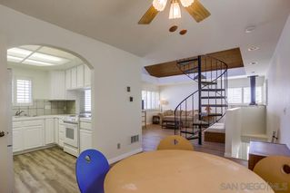 Photo 10: MISSION BEACH House for sale : 3 bedrooms : 818 Rockaway Ct in San Diego