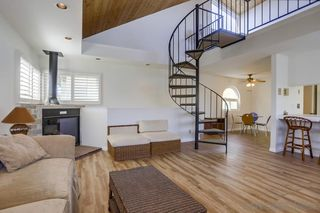Photo 7: MISSION BEACH House for sale : 3 bedrooms : 818 Rockaway Ct in San Diego