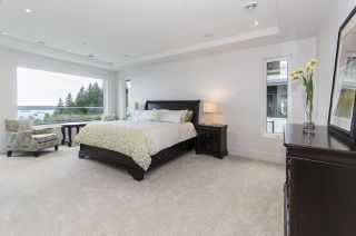 "Photo 15: 1350 CAMMERAY Road in West Vancouver: Chartwell House for sale in ""Chartwell"" : MLS®# R2344873"