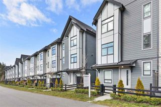 """Photo 18: 32 2427 164 Street in Surrey: Grandview Surrey Townhouse for sale in """"The Smith"""" (South Surrey White Rock)  : MLS®# R2347238"""
