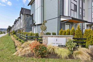 """Photo 1: 32 2427 164 Street in Surrey: Grandview Surrey Townhouse for sale in """"The Smith"""" (South Surrey White Rock)  : MLS®# R2347238"""