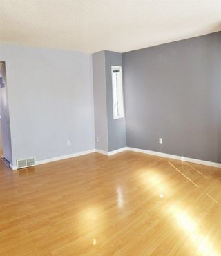 Photo 2: 1412 JEFFERYS Crescent in Edmonton: Zone 29 House for sale : MLS®# E4147469