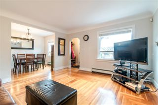 Photo 3: 3067 GRAVELEY Street in Vancouver: Renfrew VE House for sale (Vancouver East)  : MLS®# R2349763