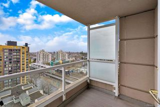 Photo 5: 1606 5189 GASTON Street in Vancouver: Collingwood VE Condo for sale (Vancouver East)  : MLS®# R2360326