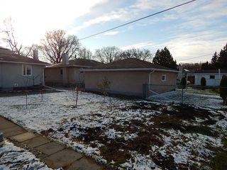 Photo 14: 319 Oakland Avenue in Winnipeg: North Kildonan House for sale ()  : MLS®# 1727613