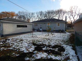 Photo 15: 319 Oakland Avenue in Winnipeg: North Kildonan House for sale ()  : MLS®# 1727613