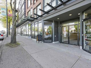 Photo 3: 306 2636 E HASTINGS Street in Vancouver: Renfrew VE Condo for sale (Vancouver East)  : MLS®# R2370868