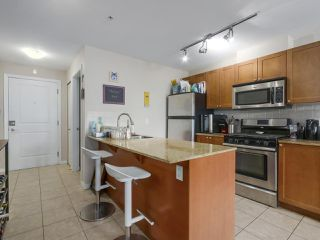 Photo 9: 306 2636 E HASTINGS Street in Vancouver: Renfrew VE Condo for sale (Vancouver East)  : MLS®# R2370868
