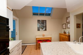 Photo 16: 7625 BORDEN Street in Vancouver: Fraserview VE House for sale (Vancouver East)  : MLS®# R2374473
