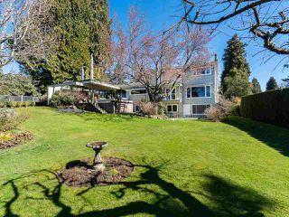 """Photo 17: 6145 COLLINGWOOD Street in Vancouver: Kerrisdale House for sale in """"SOUTHLANDS"""" (Vancouver West)  : MLS®# R2376095"""