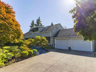"""Photo 2: 6145 COLLINGWOOD Street in Vancouver: Kerrisdale House for sale in """"SOUTHLANDS"""" (Vancouver West)  : MLS®# R2376095"""