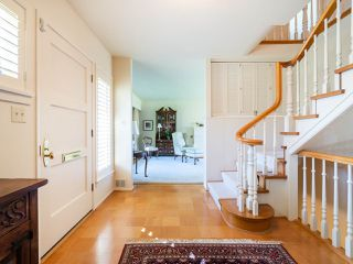 """Photo 4: 6145 COLLINGWOOD Street in Vancouver: Kerrisdale House for sale in """"SOUTHLANDS"""" (Vancouver West)  : MLS®# R2376095"""