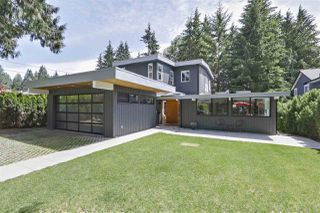 Main Photo: 965 BELVEDERE Drive in North Vancouver: Canyon Heights NV House for sale : MLS®# R2377824