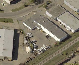 Photo 2: 8503 DAVIES Road in Edmonton: Zone 41 Industrial for sale : MLS®# E4160711