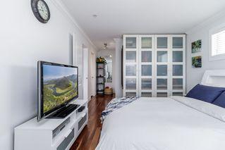 """Photo 18: 206 15775 CROYDON Drive in Surrey: Grandview Surrey Condo for sale in """"MORGAN CROSSING-CENTRAL BUILDING"""" (South Surrey White Rock)  : MLS®# R2380785"""