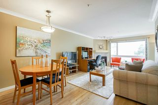 """Photo 2: 308 3590 W 26TH Avenue in Vancouver: Dunbar Condo for sale in """"DUNBAR HEIGHTS"""" (Vancouver West)  : MLS®# R2380999"""