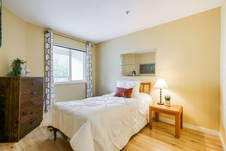 """Photo 10: 308 3590 W 26TH Avenue in Vancouver: Dunbar Condo for sale in """"DUNBAR HEIGHTS"""" (Vancouver West)  : MLS®# R2380999"""