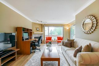 "Main Photo: 308 3590 W 26TH Avenue in Vancouver: Dunbar Condo for sale in ""DUNBAR HEIGHTS"" (Vancouver West)  : MLS®# R2380999"