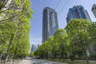 "Main Photo: 303 928 RICHARDS Street in Vancouver: Yaletown Condo for sale in ""THE SAVOY"" (Vancouver West)  : MLS®# R2381129"