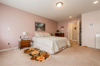 Photo 12: 6102 195 Street in Surrey: Cloverdale BC House for sale (Cloverdale)  : MLS®# R2383500