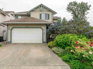 Photo 1: 6102 195 Street in Surrey: Cloverdale BC House for sale (Cloverdale)  : MLS®# R2383500