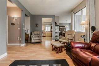 Photo 5: 6102 195 Street in Surrey: Cloverdale BC House for sale (Cloverdale)  : MLS®# R2383500