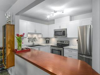 "Main Photo: 206 108 W ESPLANADE in North Vancouver: Lower Lonsdale Condo for sale in ""Tradewinds"" : MLS®# R2387503"