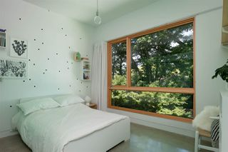 """Photo 16: 2078 E 7TH Avenue in Vancouver: Grandview Woodland House for sale in """"THE DRIVE"""" (Vancouver East)  : MLS®# R2403665"""