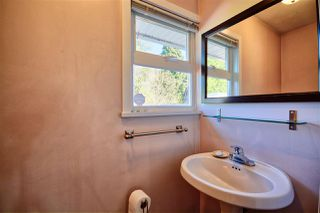 Photo 11: 14967 KEW Drive in Surrey: Bolivar Heights House for sale (North Surrey)  : MLS®# R2447447