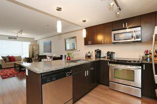 Photo 9: 213 7511 120 STREET in Delta: Scottsdale Condo for sale ()  : MLS®# R2157796