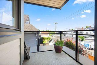 """Photo 18: 302 555 E 8TH Avenue in Vancouver: Mount Pleasant VE Condo for sale in """"555 E 8TH AVENUE"""" (Vancouver East)  : MLS®# R2479990"""