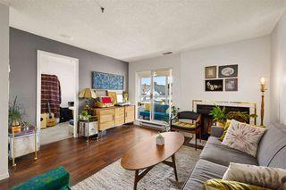 """Photo 5: 302 555 E 8TH Avenue in Vancouver: Mount Pleasant VE Condo for sale in """"555 E 8TH AVENUE"""" (Vancouver East)  : MLS®# R2479990"""
