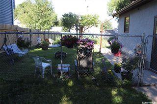 Photo 3: 1533 E Avenue North in Saskatoon: Mayfair Residential for sale : MLS®# SK818866