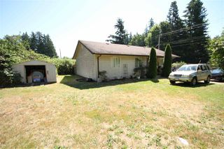 Photo 1: 4432 SUNSHINE COAST Highway in Sechelt: Sechelt District House for sale (Sunshine Coast)  : MLS®# R2481710
