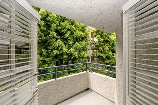 Photo 23: PACIFIC BEACH Townhome for sale : 2 bedrooms : 1157 Pacific Beach Drive in San Diego