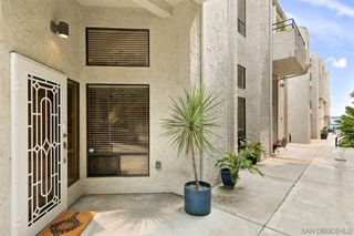 Photo 5: PACIFIC BEACH Townhome for sale : 2 bedrooms : 1157 Pacific Beach Drive in San Diego