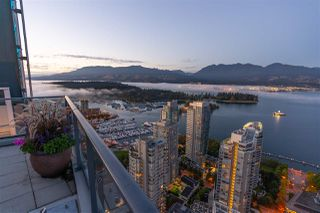 "Main Photo: 1807 1189 MELVILLE Street in Vancouver: Coal Harbour Condo for sale in ""MELVILLE"" (Vancouver West)  : MLS®# R2506474"