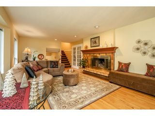 """Photo 6: 24322 55 Avenue in Langley: Salmon River House for sale in """"Salmon River"""" : MLS®# R2522391"""