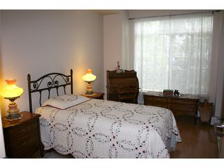 Photo 4: 108 2266 ATKINS Avenue in Port Coquitlam: Central Pt Coquitlam Condo for sale : MLS®# V885609